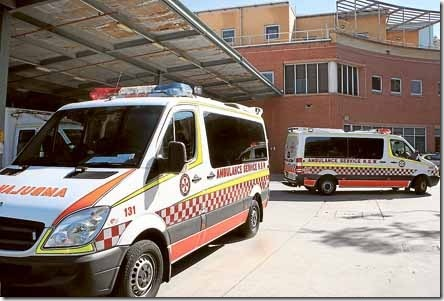wollongong ambulance