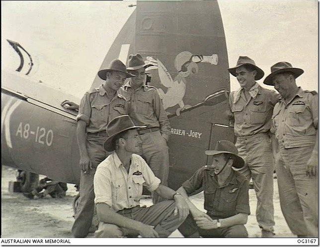 93_Squadron_RAAF_Beaufighter_aircrew_Labuan_Aug_1945_AWM_OG3167