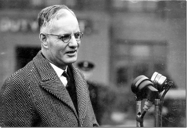 Prime Minister John Curtin in London1_7815338_tcm11-18299