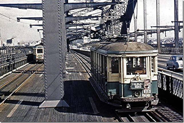 110908-tram-04
